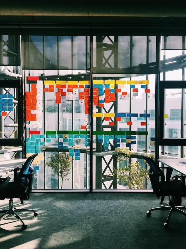 agile project management holistic siloed